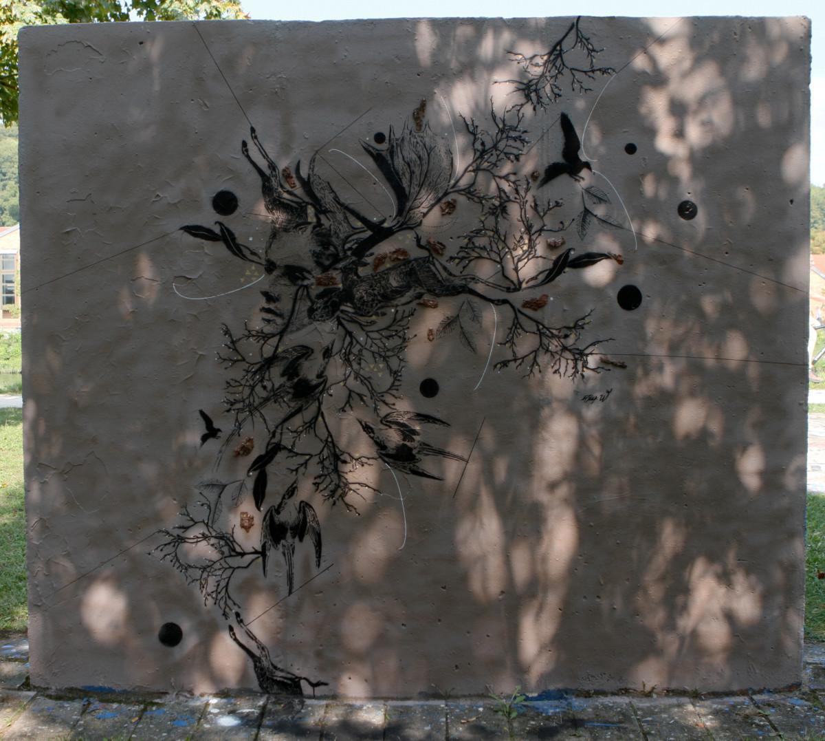 wall_nita_02